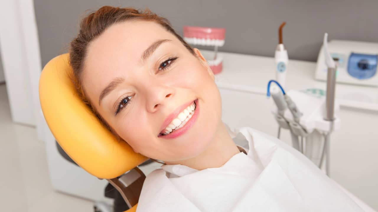 How To Fix The Dental Crown Issue
